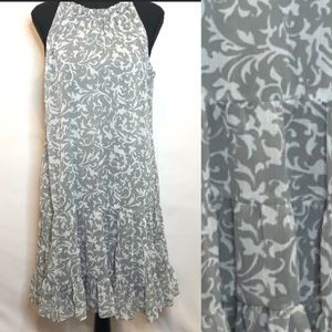 Ruffle Trapeze Dress in grey and white